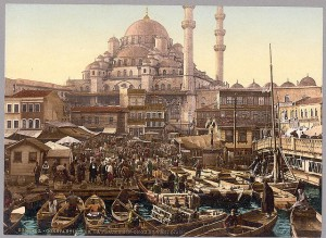 Yeni Cami mosque and Eminönü bazaar, Constantinople, Turkey