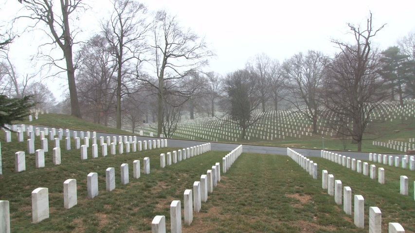zoom-out-wide-open-arlington-cemetery_ZJfoPBgbr