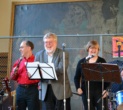 Bill Greene, Dick Swain and Luisa Cywinski entertain the crowd as part of Marc Fields and Bad Data.