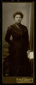 Otto Böhm, Standing woman.