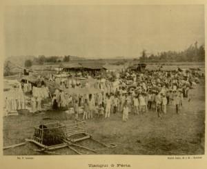 Photograph. Tiangui o feria. A town fair.