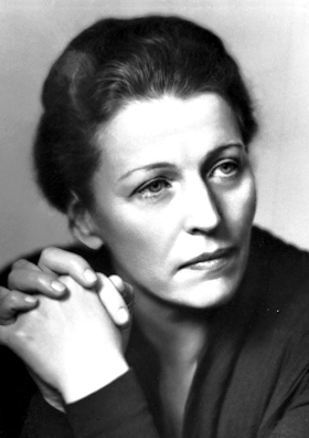 young Pearl S Buck poses for a portrait