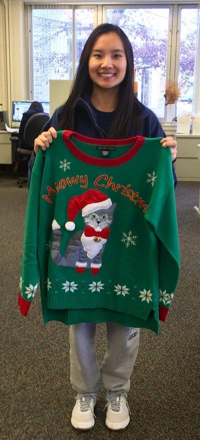 Female sweater winner resize