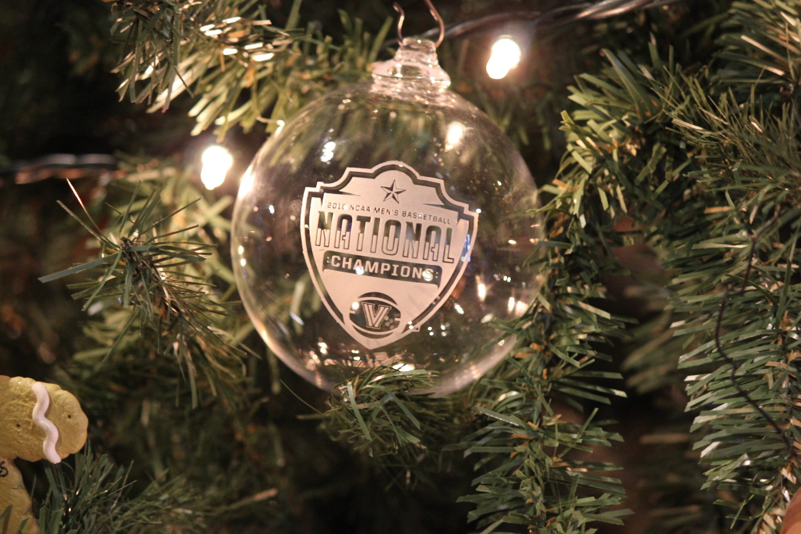2018 NCAA championship ornament