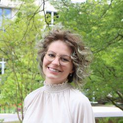 Falvey Scholars 2021: Annelise Laughlin