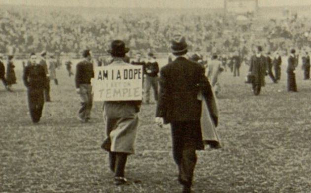 Game day sign, 1939